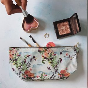 Floral Makeup Bag; Juskio